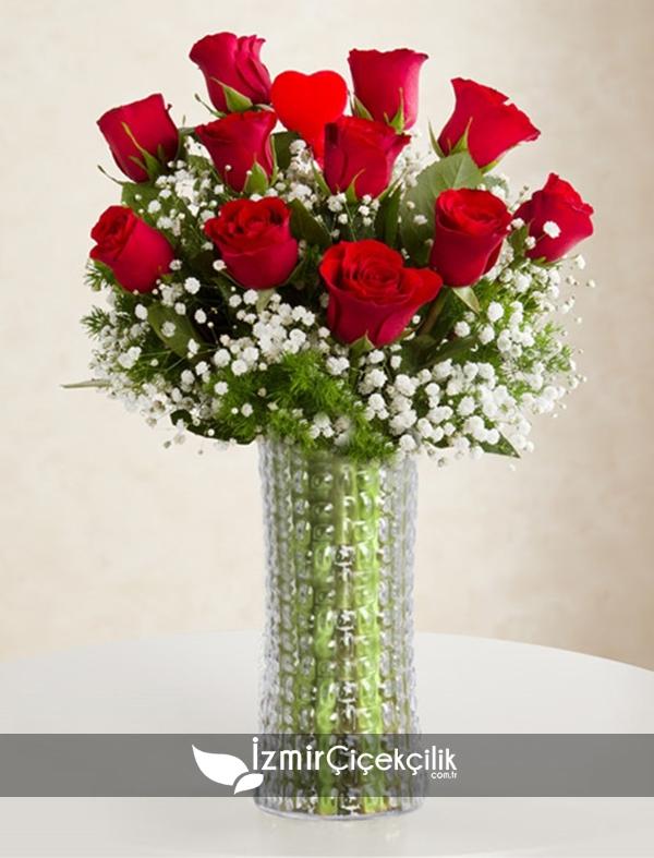 11 Adet Kırmızı Güller
