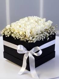 Kutuda Beyaz Gül